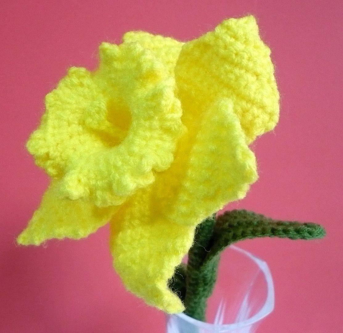 Free Crochet Daffodil Flower Pattern : Crochet Flower Pattern Daffodil Flower Crochet Pattern