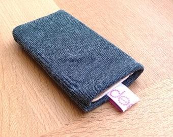 iphone sock - grey