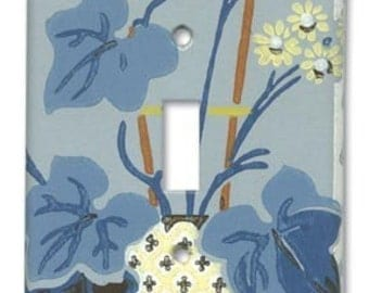 Deco Floral 1940's Vintage Wallpaper Switch Plate
