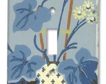 Deco Floral 1940's Vintage Wallpaper Switch Plate