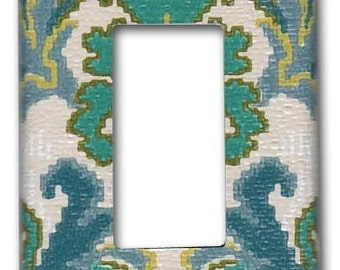 French Damask 1970's Vintage Wallpaper Decora Switch Plate