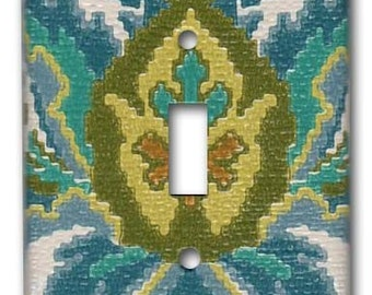 French Damask 1970's Vintage Wallpaper Switch Plate