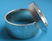Sterling Silver Cog Linear Hammered Wedding Band Set