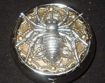 Victorian Steampunk The Spider's Web GIANT Silver-tone SPIDER Pill Case Pill Box Or Trinket Box NEW Sweetheartsinner