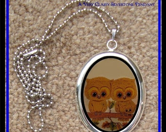 Kitsch 1970s Owls Woodland Creatures Silver Tone Pendant With Chain