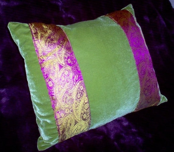 Best Pillow Cover Fashion Home Decorative Cotton Polyester Pillowcase 18 * 18 Inches Black And Lime Green Zebra Stripes Print Pillow Case.