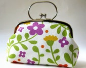 Frame purse with handle - spring flowers