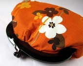 plastic frame clutch - retro flower vines on orange