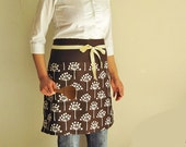 Reversible half apron - brown flowers and check