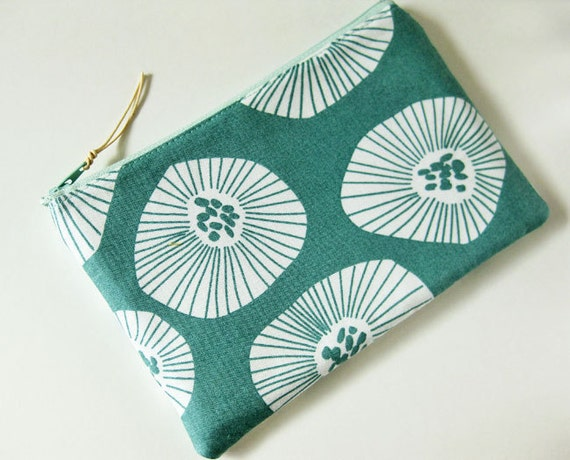 Zipper pouch - flowers on seafoam