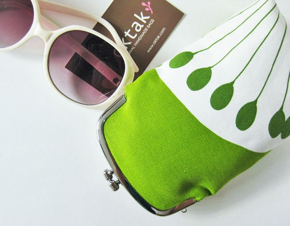 Green flowers long purse