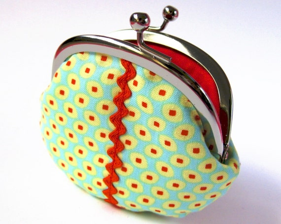 mini frame pouch - seeds on aqua with red rikrak