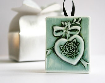 Victorian Heart Ornament - Victorian style Heart with Rose and Ribbon - Turquoise with black details - gift tag