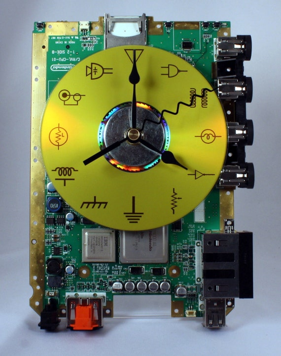 Nintendo Wii Circuit Board Desk Clock