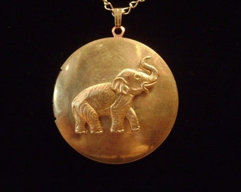 Vintage Elephant Locket Necklace -  An Old Memory