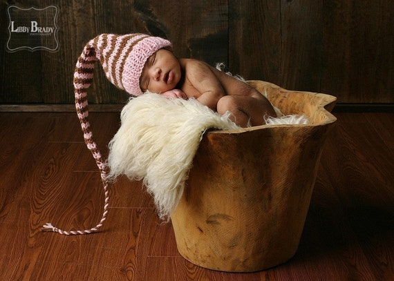 Newborn Baby Girl Knit Hat BaBY PHoTO PRoP Long Tail Stocking Cap Pink Brown Stripe PiXiE BeANiE PiCK Color CoMiNG HoME GiFT Munchkin Toque