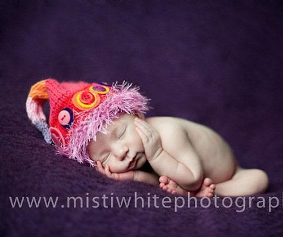 Newborn Baby Girl Hat Knit BaBY PHoTo PRoP OOAK Pixie BeLLY BuTTON BeANiE Fuzzy Brim FAiRY CaP Pink Red Orange Purple STRiPe DoT ELF ToQUe