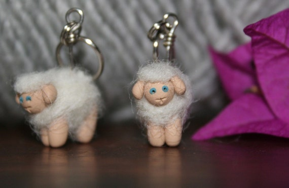 Woolly Sheep Stitch Markers (blonde flock of 4)