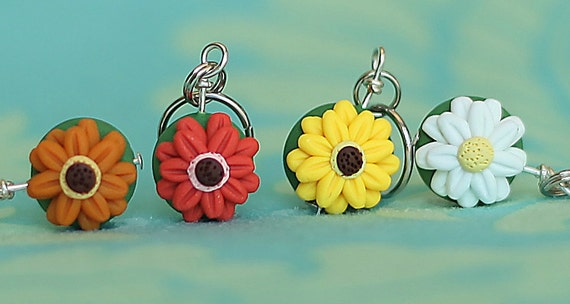 Gerbera Daisy Stitch Markers (bouquet of 4)