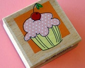 rubber mounted stamp / cupcake with cherry