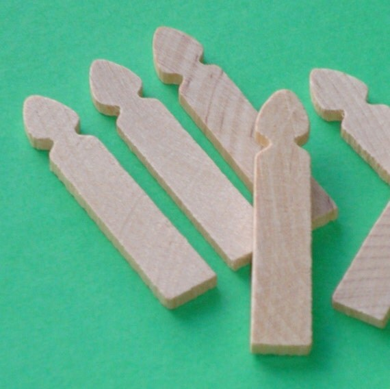 miniature picket fence posts . 48 pieces , LAST in stock