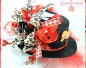 Custom Boutique Top Hat Wild Thang Animals Hair Bow DoodlesBowtique