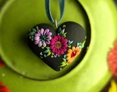 sweet mexican embroidery - vintage inspired heart pendant