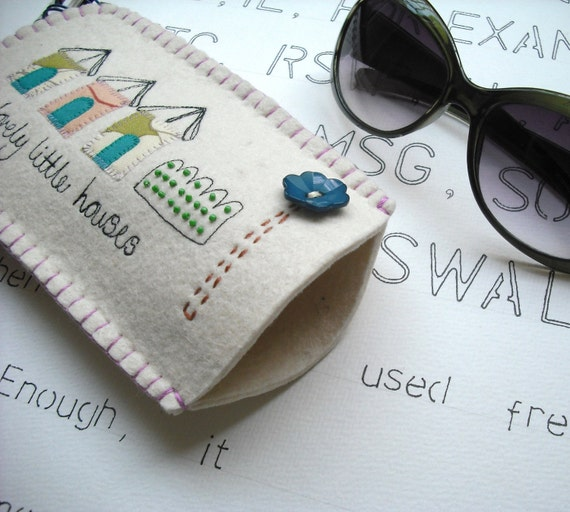 Little Houses Sunglasses Sleeve