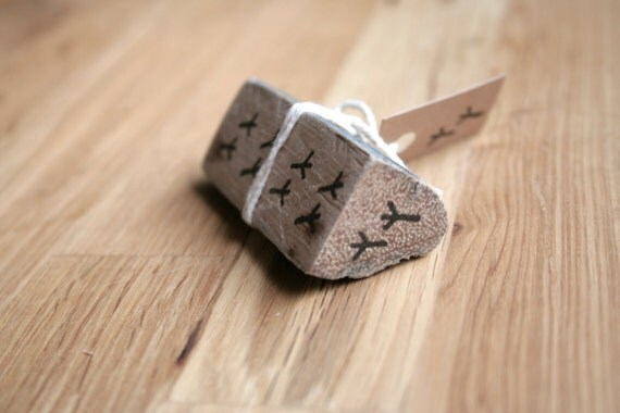 Little birdy foot prints rubber stamp