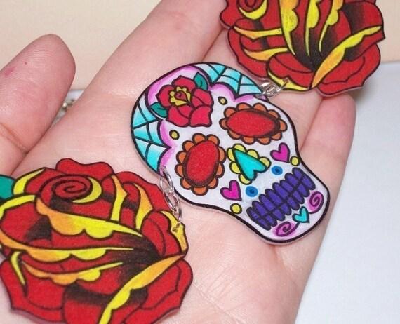 cobweb sugar skull and red roses necklace