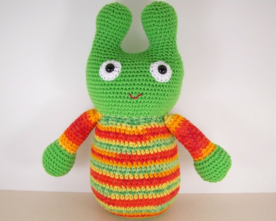 Crochet Amigurumi Stuffed Alien Plush , Crocheted Alien -  Green Space Alien