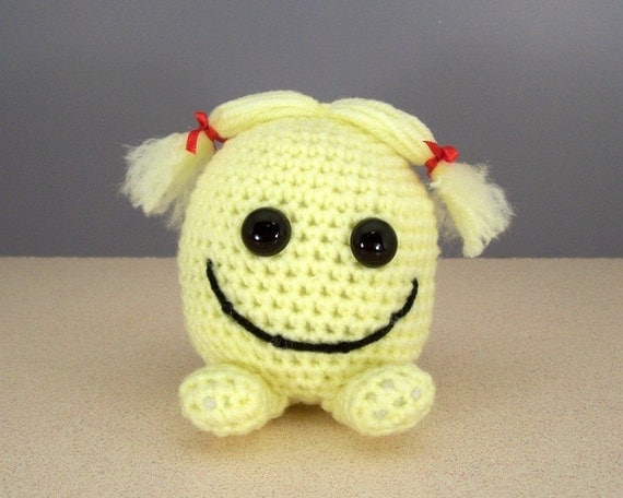 Crochet Amigurumi Smiley Faces : Items similar to Crochet Amigurumi Stuffed Happy Face ...