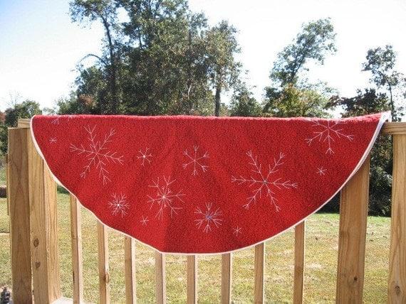 Large Christmas Tree Skirt with Snowflakes 6 Foot Diameter