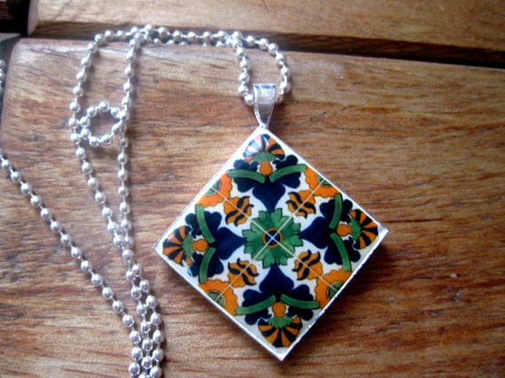 Mexican talavera ceramic tile mural design diamond pendant for Mural jewellery