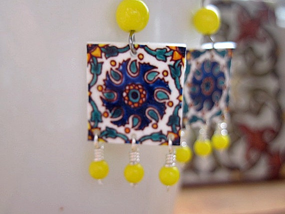 SALE, Mediterranean Decorative Tile Lovers Earring, Vintage yellow glass beads