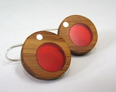 Bamboo and cardinal red resin circle earrings