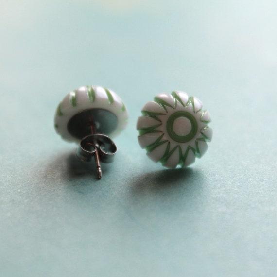 Gigi Post Earrings - Green - Vintage Plastic & Surgical Steel