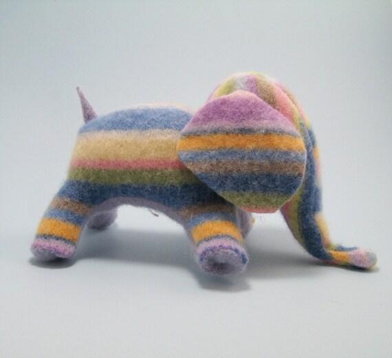Elefelt - Striped Elephant