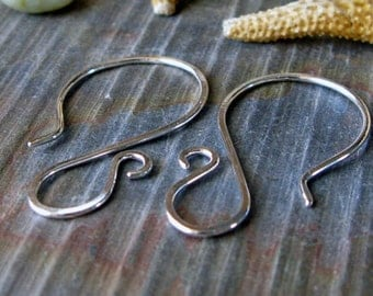 AGB artisan jewelery findings sterling silver earring wires hammered Tango 5 pairs
