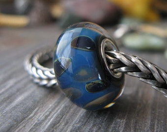 AGB sterling silver core boro glass lampwork bead, Look Back...
