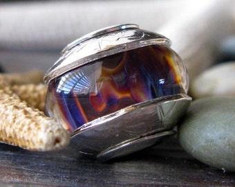 AGB boro glass lampwork beads, Wondering....