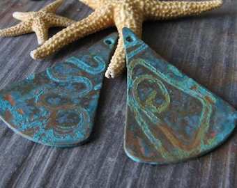 Patinated handmade artisan jewelry findings. Unique copper verdigris patina tear drops. AGB Basilo 33mm x 22mm 2 pieces. Made to order.