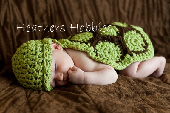 Crochet Turtle Photo prop, Organic Cotton Newborn Photo Prop// Comes in Many different colors