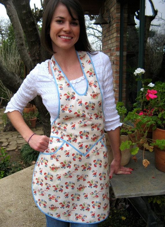 Last one - Sweetheart Apron - Desperate Everyday Housewife Apron