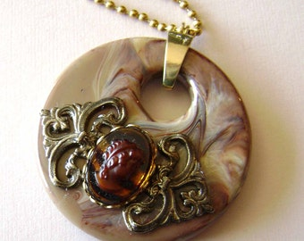 SALE/Chocolate Swirl Cameo Pendant, Vintage Lucite Go Go Pendant with Ornate Brass and Tort Glass Cameo Necklace