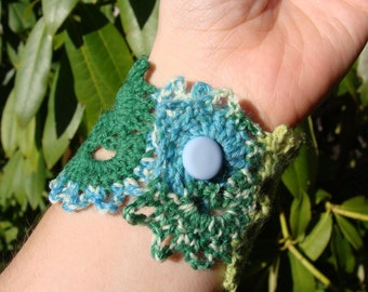 organic lace bracelet.  cool brights.