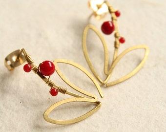 Flower Motif Red coral Earrings (ce0211)