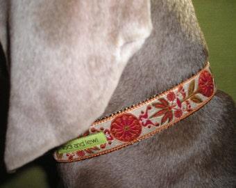 Flourish Collar in Tan and Rust