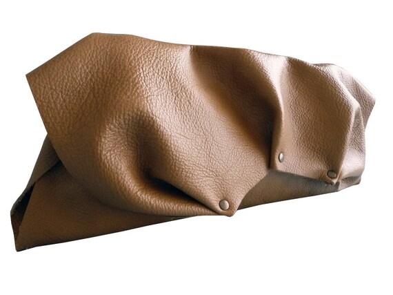 rivet leather clutch - camel