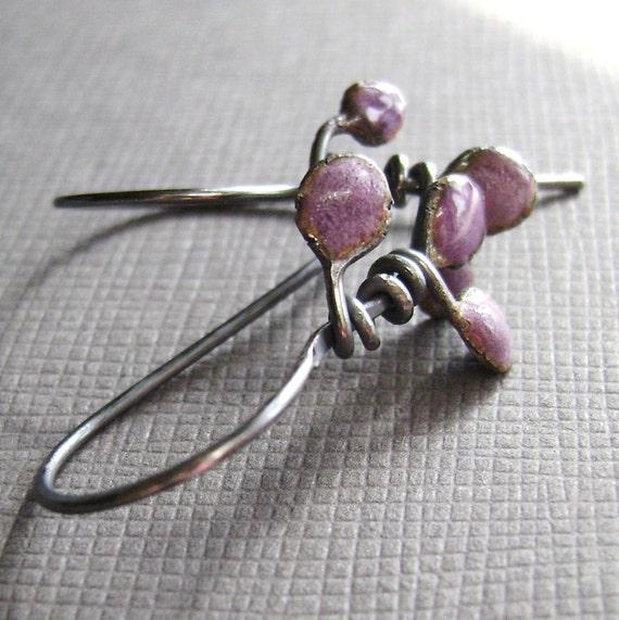 teeming (earrings) grape candy purple